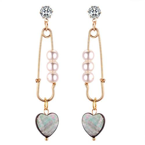LRC Anting Tusuk Fashion Gold Color Heart Shape Decorated Earrings