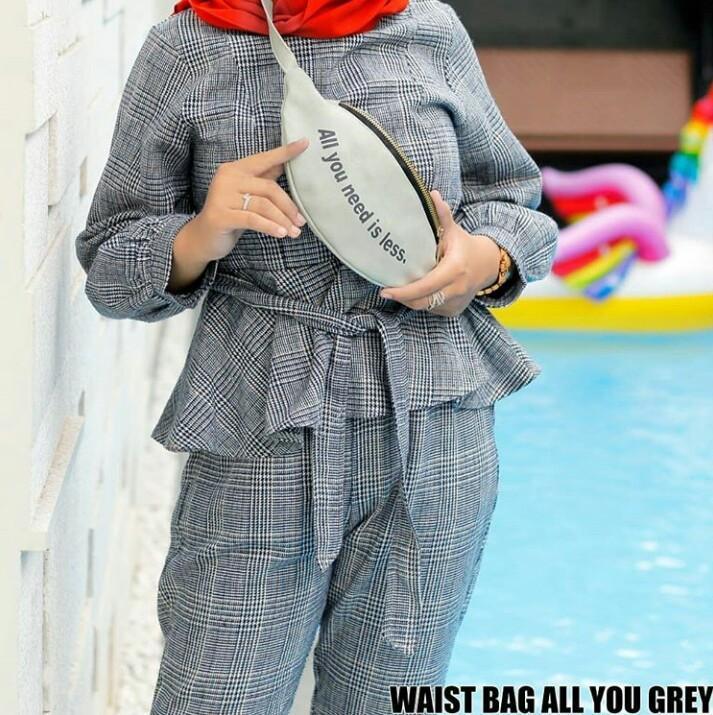 Anischa -  SALE Tas Wanita / Waistbag  All You Light Grey  Polos / Dompet Wanita / Waist Bag / Slin