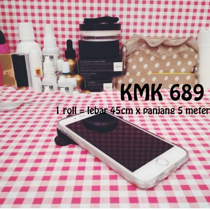 WALLPAPER KOTAK PINK KMK 689 (L 45CM X Panjang 5M) wallpaper stiker murah /