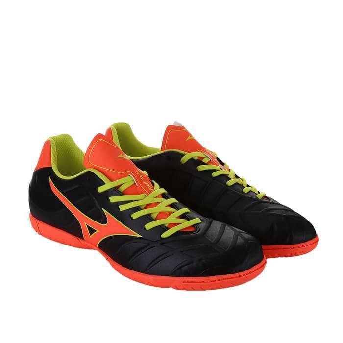 Sepatu Futsal Mizuno Rebula V3 in Black / sepatu bola / sepatu sport / sepatu impor / sepatu kuat / sepatu murah / sepatu premium / sepatu keren / sepatu ...