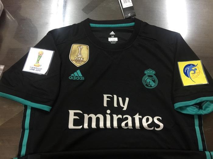 Jersey Baju Setelan Futsal Bola Nike Putih Strip Hitam Low Price!