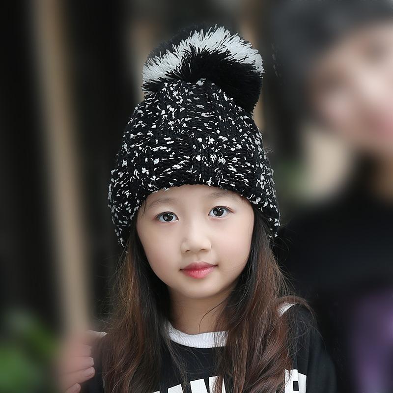 Topi Rajutan Manis Topi Wanita Tambah Beludru Musim Gugur atau Dingin (Kepingan Salju Children Merah