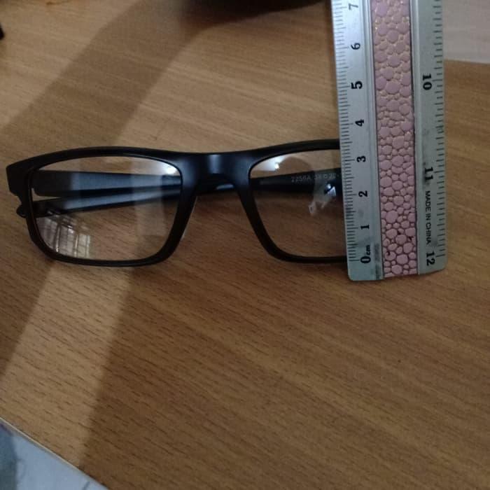 Sale -  Kacamata Oakley Clip On 5 lensa 2256 Import