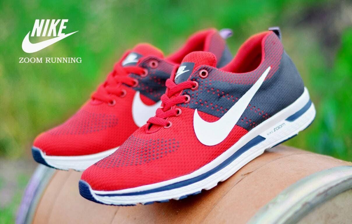 Bestseller Sepatu Olahraga Branded Zoom Running Casual Terlaris Diskon 3b15ff8cf1