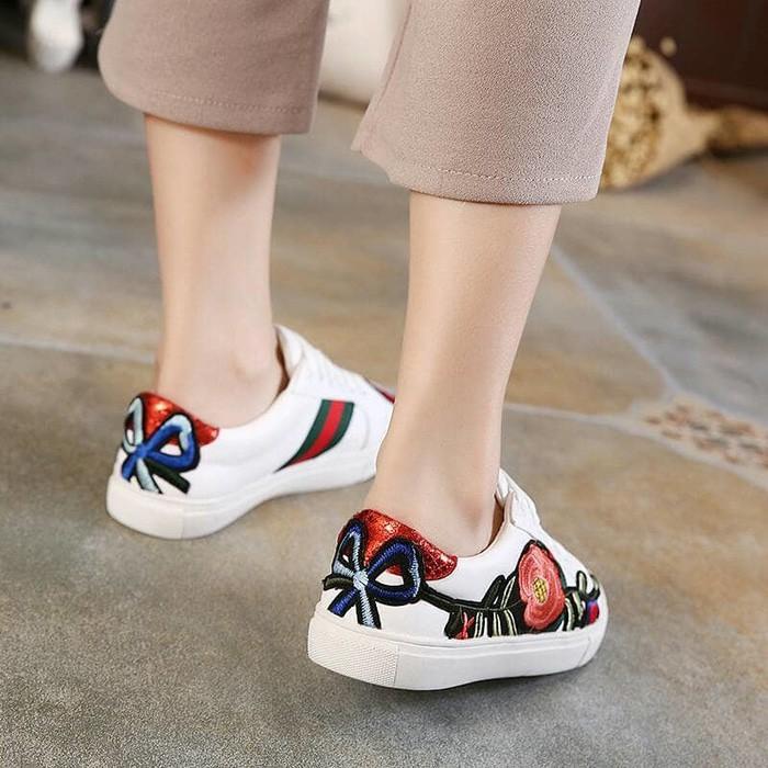 Promo Sepatu GUCCI Ace Embroidered Floral  Sepatu Import  Sepatu Branded Gratis Ongkir