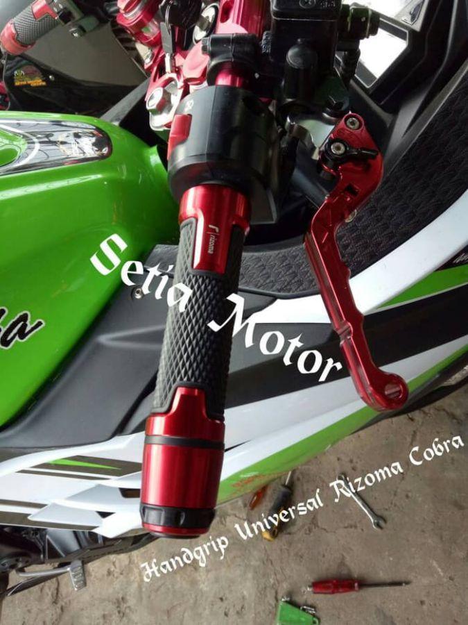 Handgrip Rizoma Cobra Nmax, Ninja, R25, R25, Vario125/150/Sarung Gas - Putih
