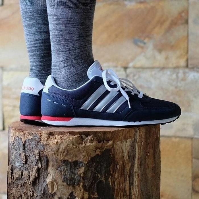 Sepatu Cowok Keren  Adidas ORIGINAL Neo City Racer Navy