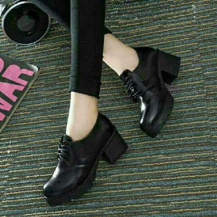 Sepatu wanita boots fashion sm black