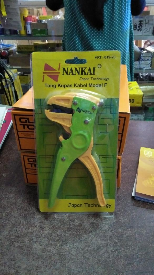 Tang kupas kabel model F / Cable wire stripper