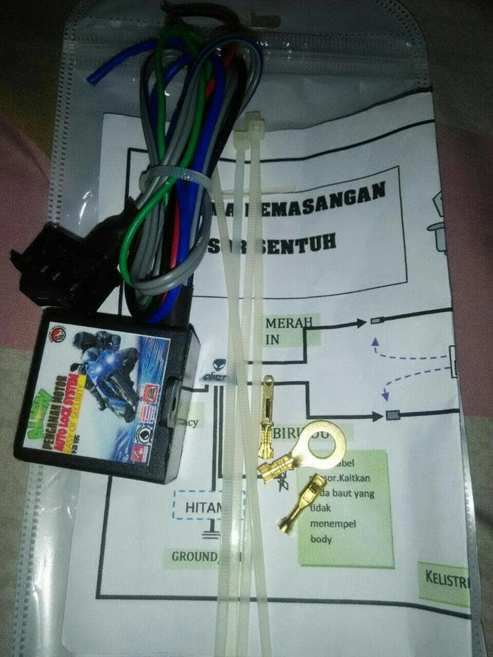 kunci pengaman motor sensor sentuh jari | ( gembok alarm motor anti maling koper sepeda pagar cakram kinbar kode tas mobil clock rumah sensor gerak pintu digital remote lock bht ) |
