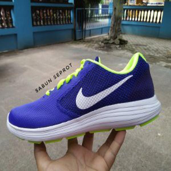 Nike Revolution 3 Racer Blue Original Garansi Sepatu Running