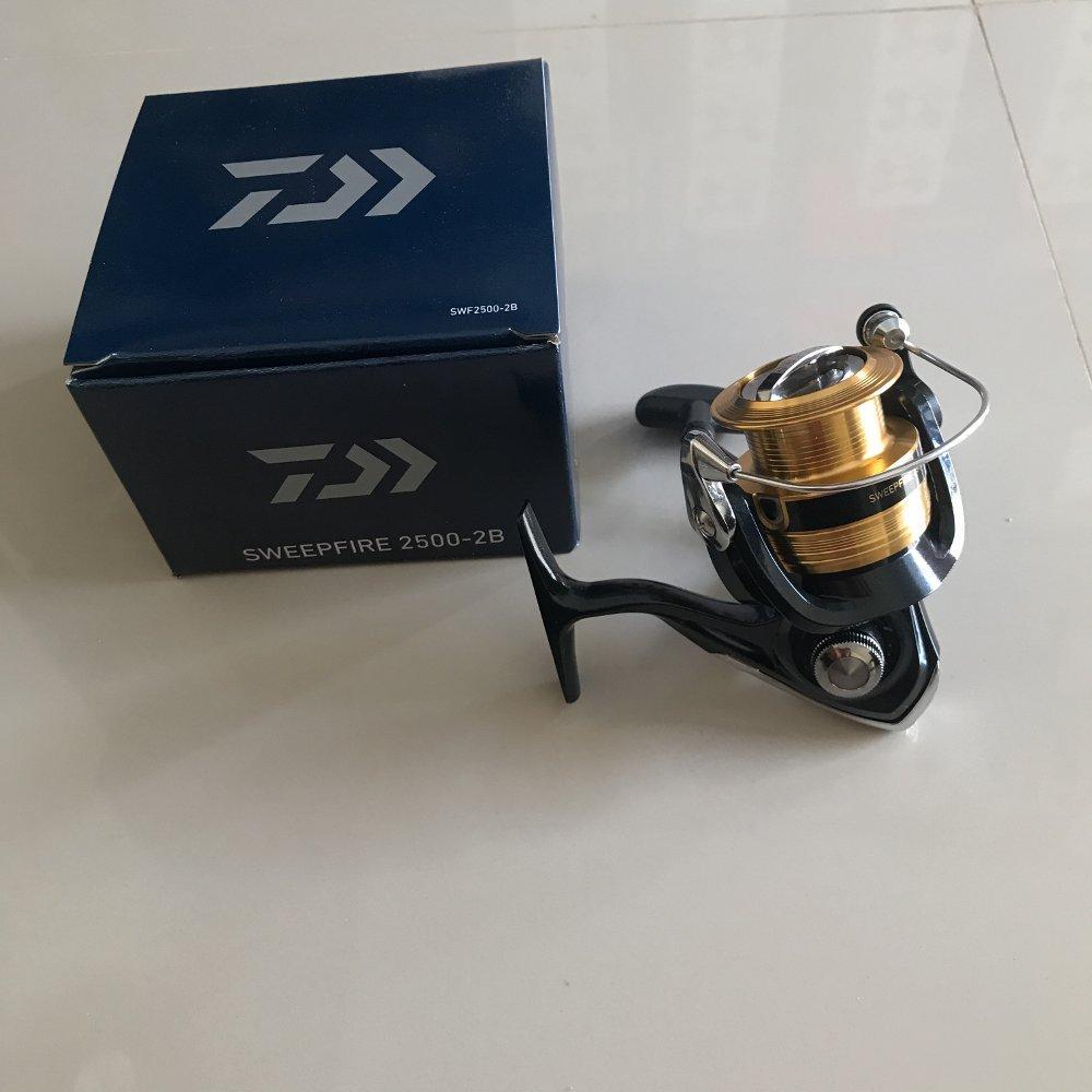 Reel Daiwa sweepfire 2500-2B TERBARU BOS PANCING zerya_fishing