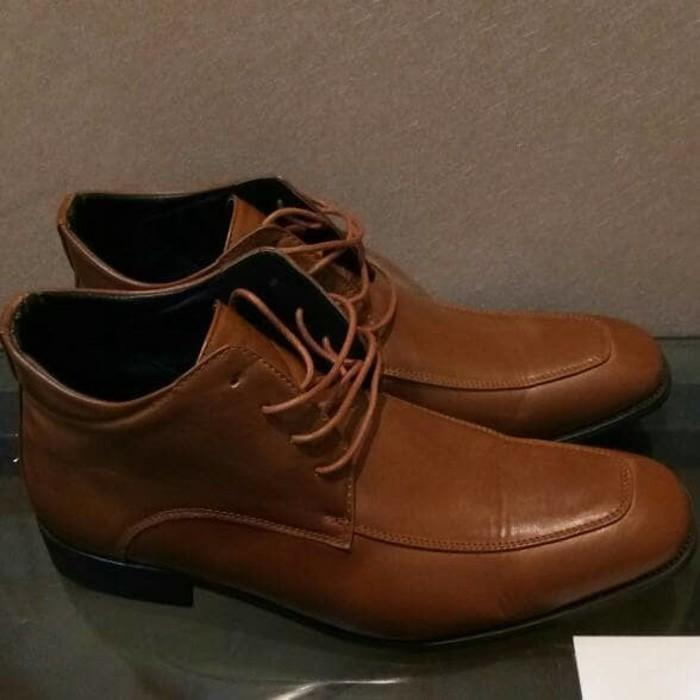 54% Off - Sepatu Boots Kulit Yongki Komaladi Baru - Tsumqb