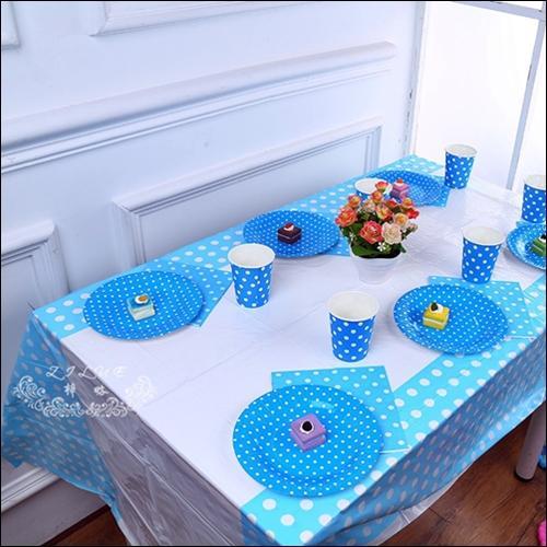 Table cover -TAPLAK MEJA Plastik Pesta Karakter POLKADOT