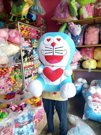 BONEKA DORAEMON LOVE JUMBO BESAR e39d56d948