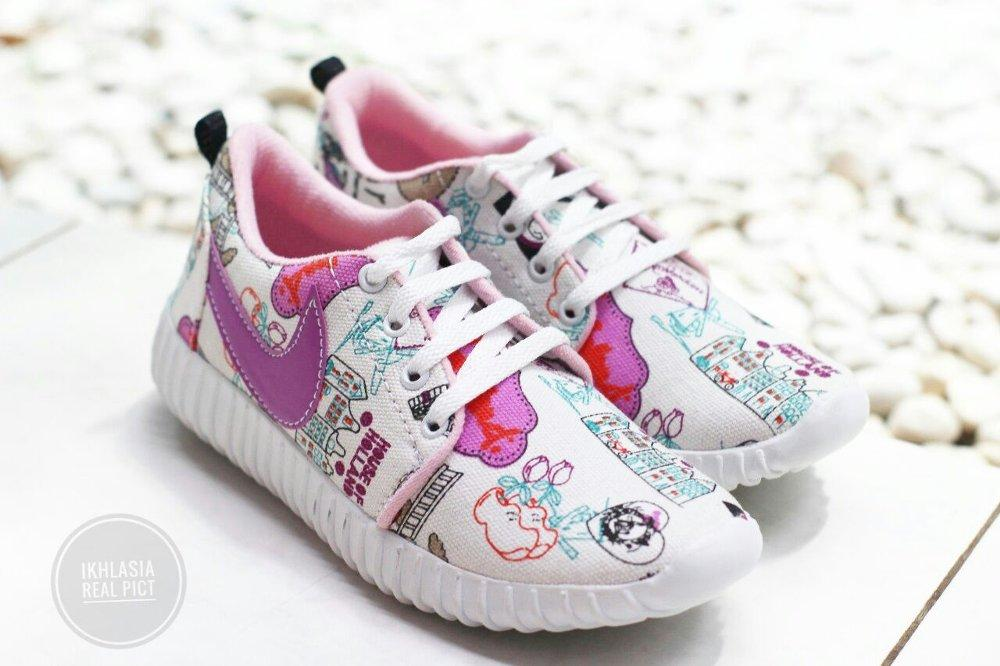 Sepatu kets Holland Nike Lis Unggu SP07