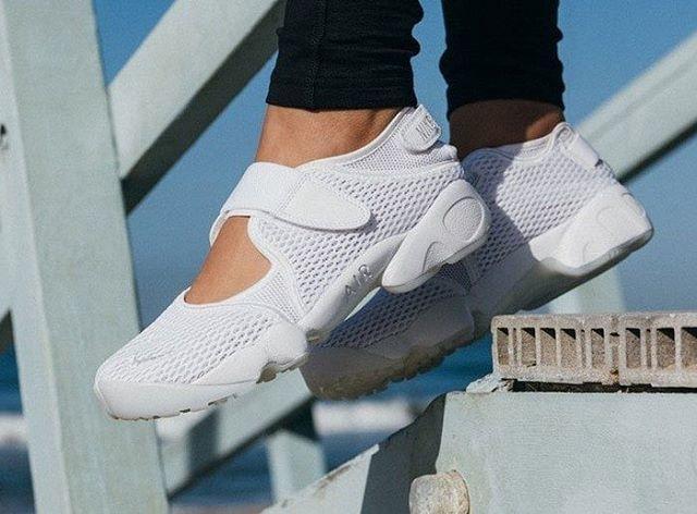 ORIGINAL!!! Nike Air Rift  All White  Premium Original / sepatu couple / sneakers - X50lGA