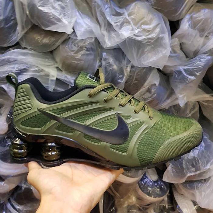 Murah - Nike Shox Premium OR Sepatu Tennis Sepatu Volly 957aa37466
