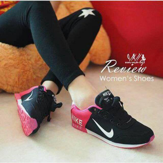 ... 1 Pasang Bantal Gel Silikon Pelindung Hak Menyisipkan Bantalan Sol Sepatu Perawatan Kaki. Source · Sepatu Wanita / Cewek Kets Nike Spons Fanta Casual