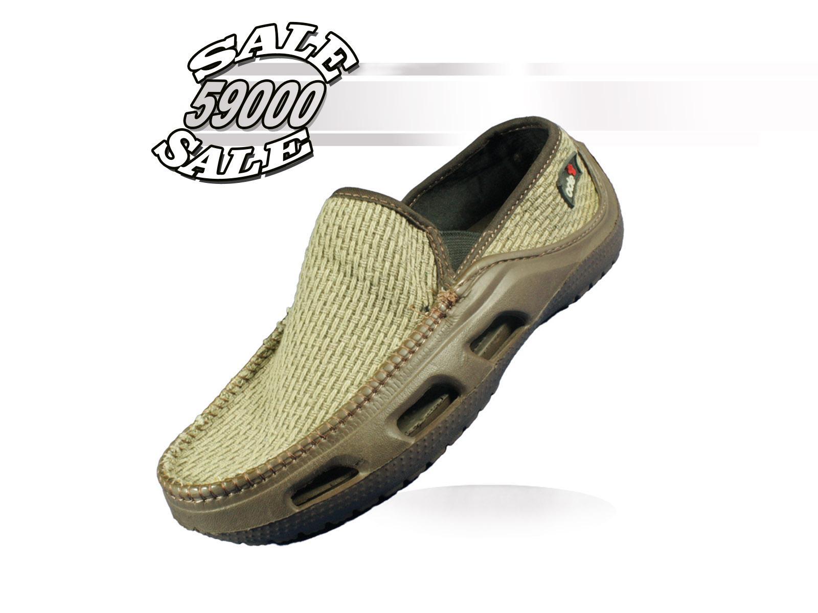 ODE Sepatu Slip On Eropa - Coklat