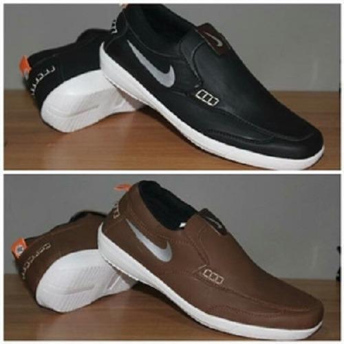 Sepatu Casual Pria Nike Boston