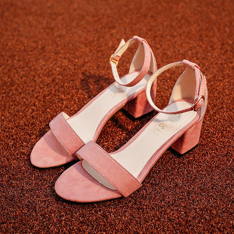 Eropa Station Sandal Musim Panas Roma Musim Panas Sepatu Wanita Seksi Tutup Penuh (Hitam)