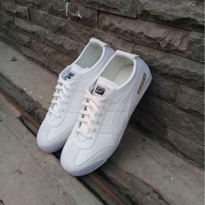 Sepatu Santai Asic's Onitsuka Tiger terlaris...