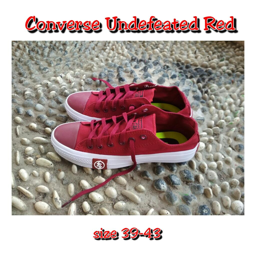 Sepatu Converse Undefeated new Low Maron (Made in vietnam)