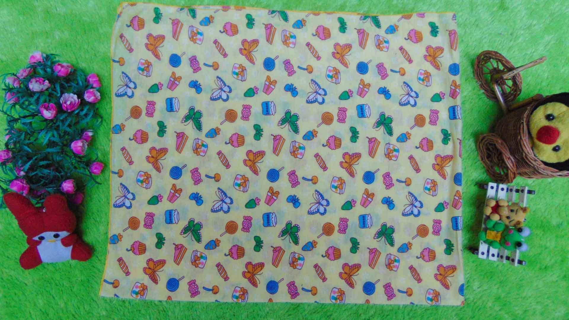 Dita Baby Collection Bedong Instan Topi 2in1 - Kuning. Source · kembarshop - kain bedong kaos jumbo besar serbaguna 3in1 motif kupu kuning