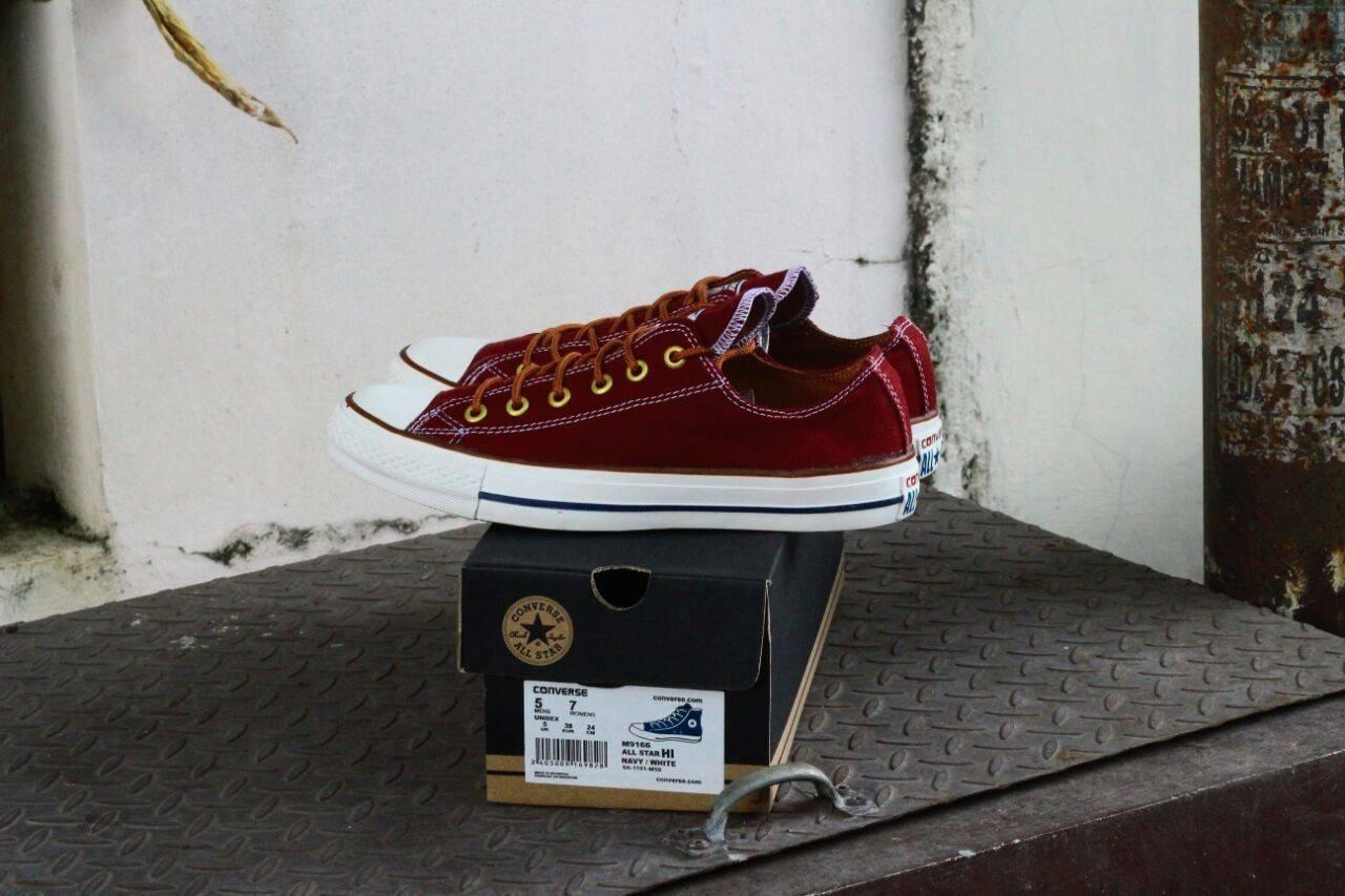 Sepatu Pria Sneakers Converse New Classic Untuk Cowok Sepatu Sekolah Warna Merah Size 39-43