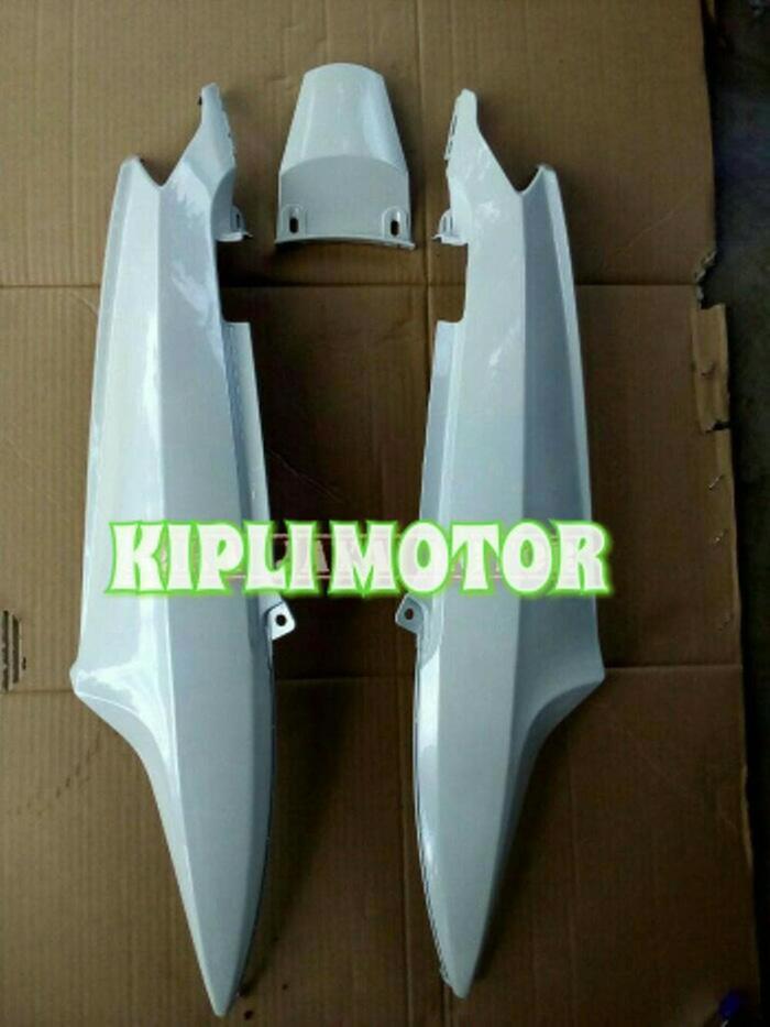 Cover Bodi Samping Yamaha Mio Smeil/ Sporty Putih Lanc Motor