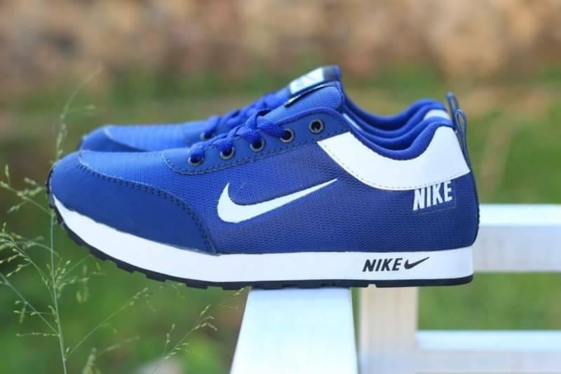 Best Seller Sepatu Nike MD Runner