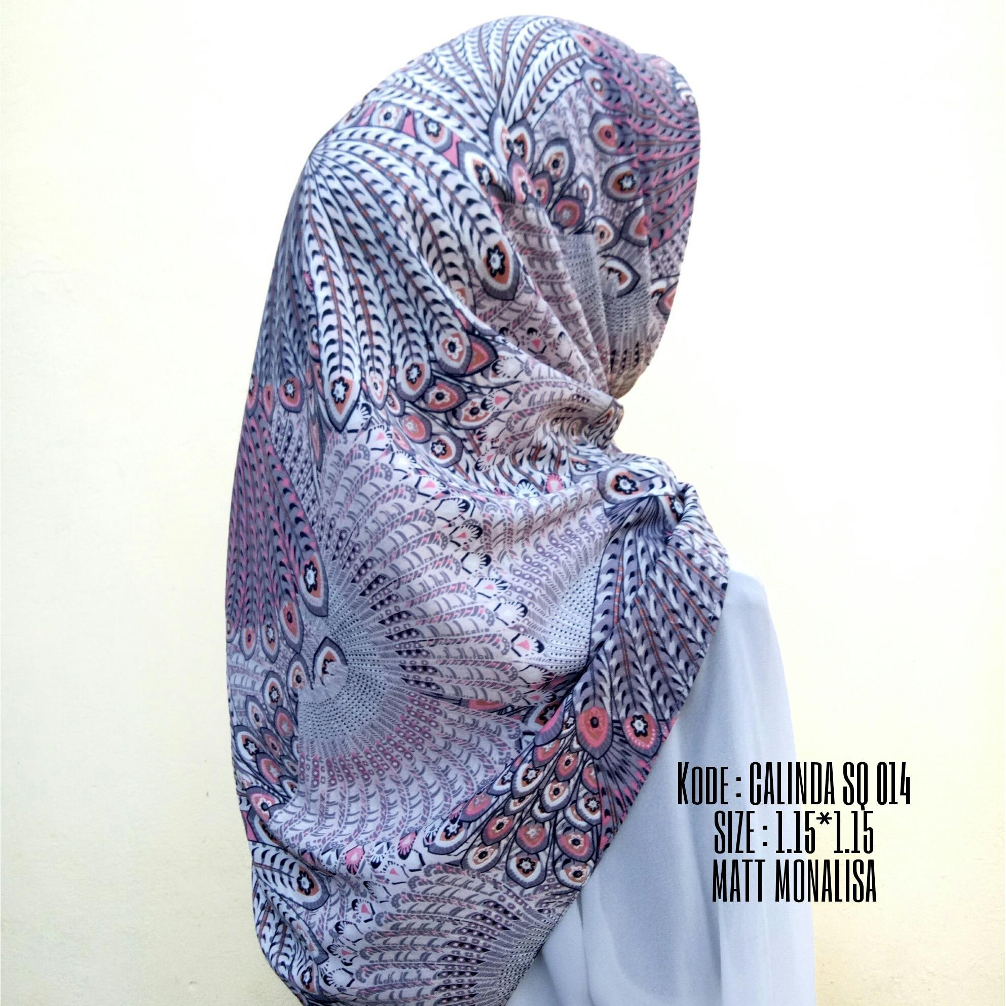 Calinda SQ Merak Jilbab Kerudung Motif Segi Empat Segi Tiga Murah by Nggemesin Hijab