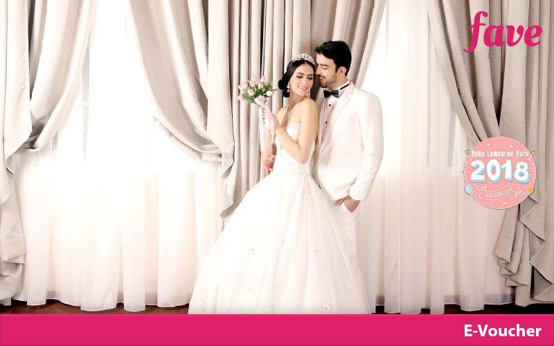 [tangerang] Alexander Photo Studio Elegant Living Room Indoor Prewedding Theme Di Studio B By Fave Indonesia