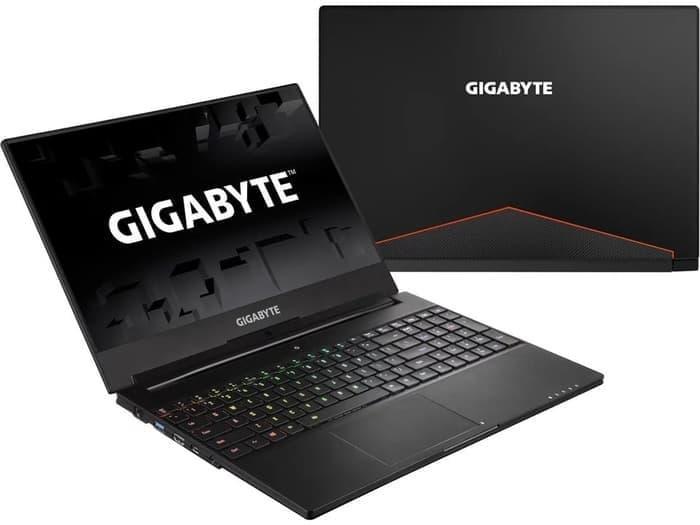 GIGABYTE AERO 15W - i7 7700HQ-16GB-1TB SSD-GTX1060-WIN10-15.6 IPS