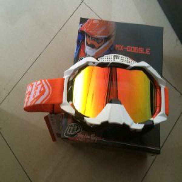 kacamata cross TLD warna orange lensa pelangi