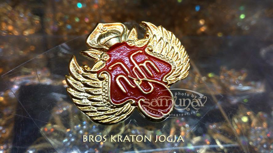 Radyo Laksono Bros Kraton Jogja Kuningan Sepuh Emas