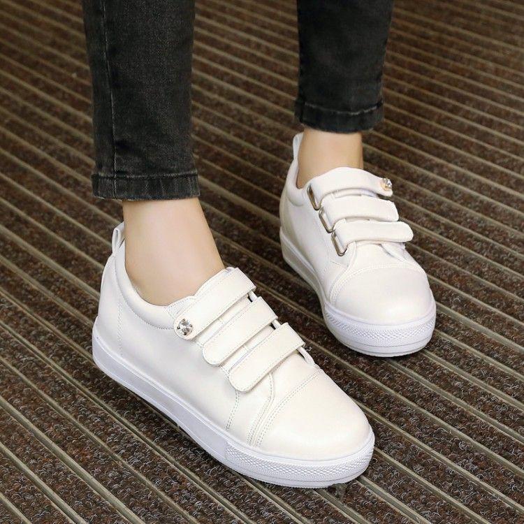 Kiss-Sepatu Sneakers Wanita Perepet Tiga