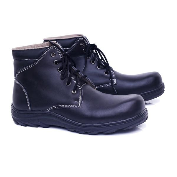 Garucci Sepatu Boots Pria Hitam - GHD 2075