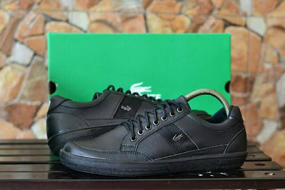 Sepatu Casual Pria Sneackers Pria Lacoste Regis Kulit Asli - Free Kaos Kaki 8d22dcb2fb