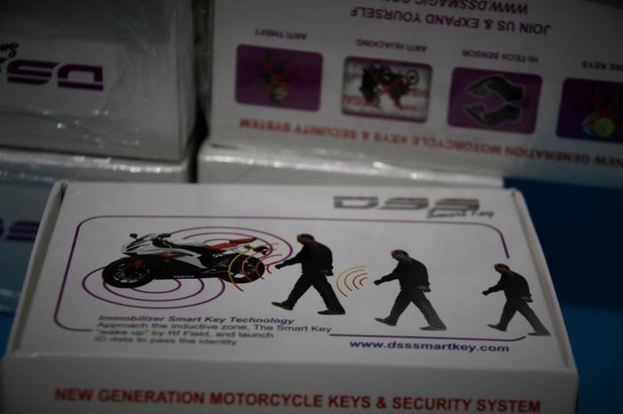 Alarm Imobilizer DSS Smartkey PnP Yamaha Nmax | ( gembok alarm motor anti maling koper sepeda pagar cakram kinbar kode tas mobil clock rumah sensor gerak pintu digital remote lock bht ) |