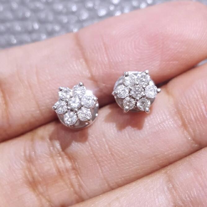 Anting berlian eropa ikat Emas Putih 75 %