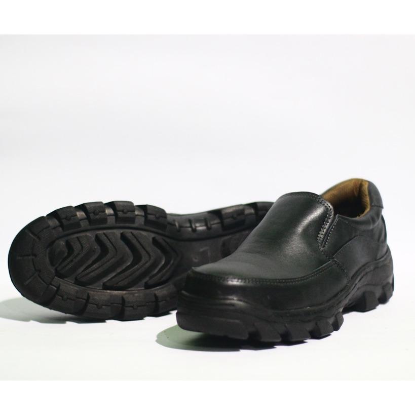 Sepatu Safety Pria kerja kantor nonformal / Sepatu Boots pendek mini Semata Kaki Bahan Kulit Sapi Asli- Hitam Model Halus