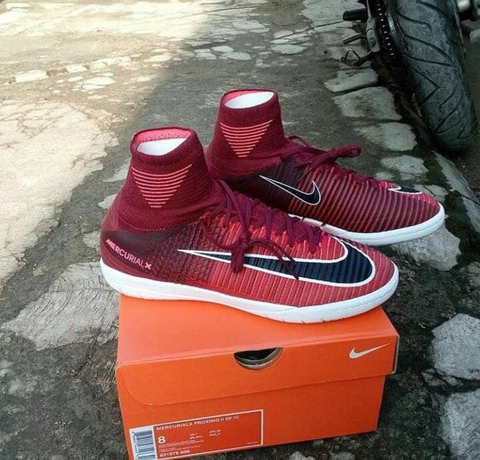 DISKON ORIGINAL Sepatu Futsal Nike MercurialX Proximo II DF IC Red