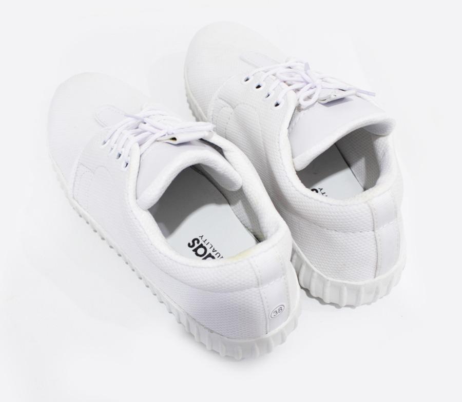 Sepatu Kets Sneakers Wanita Putih Polos Simple