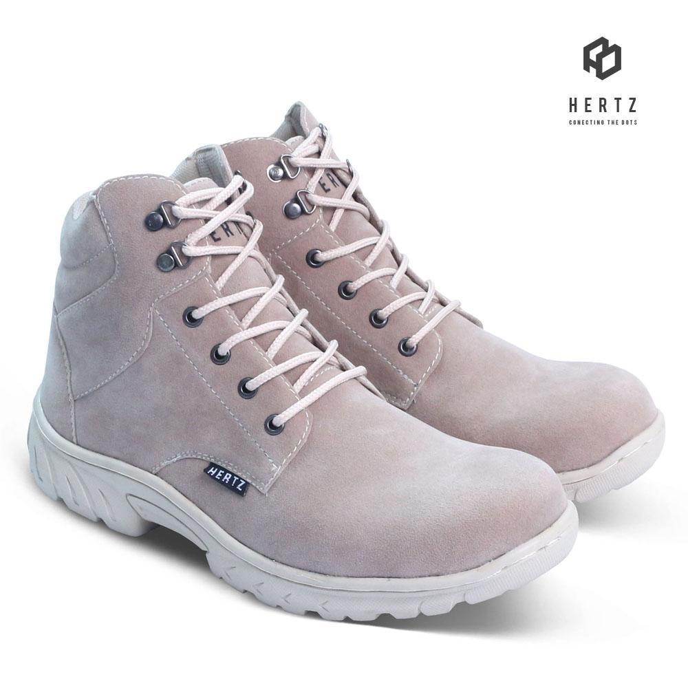 Sepatu Safety H 2170 Sepatu Boots Pria Hertz Kasual Terbaru Warna Krem Untuk Kerja, Kuliah, Outdoor, Hiking, Liburan By Distro Bandung.inc.
