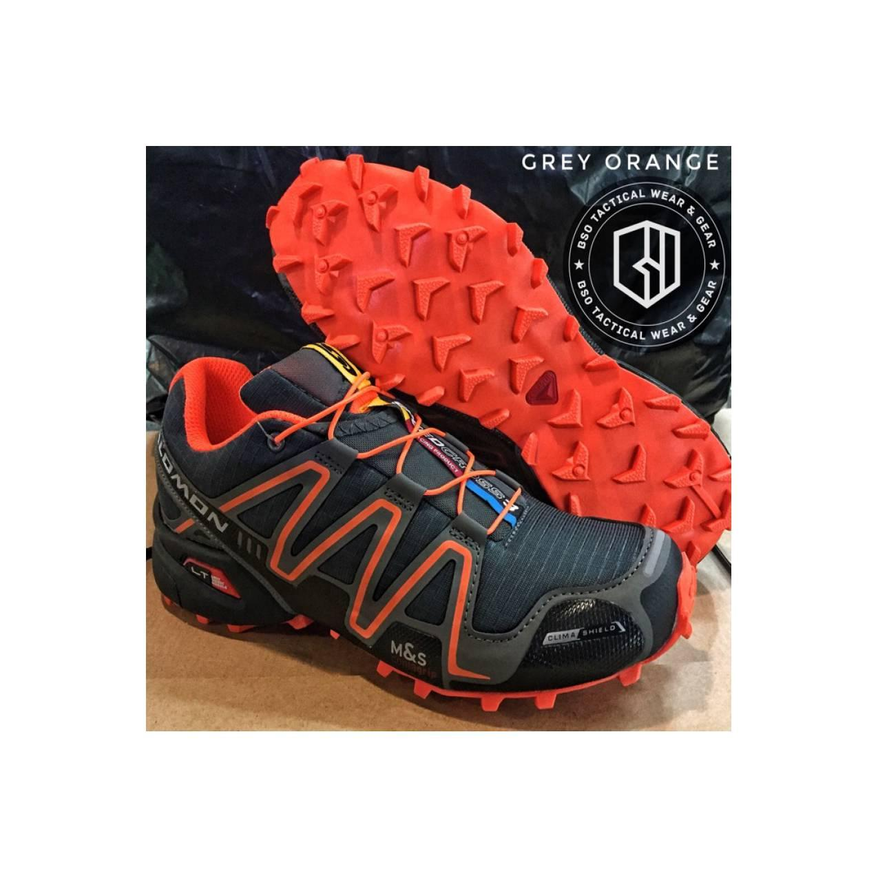 Sepatu hiking trekking outdoor salomon import