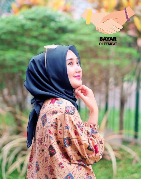 Kerudung Hijab Artis Segiempat Basic - Navy