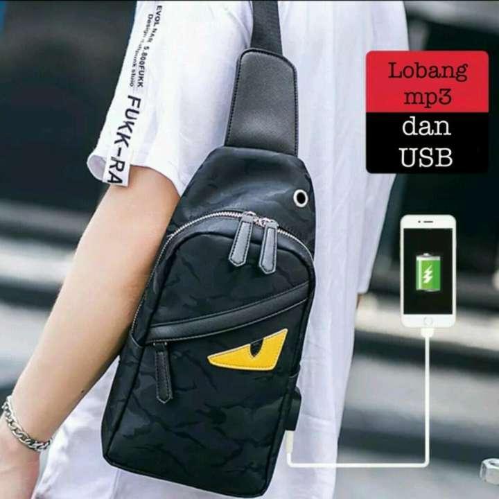 tas selempang pria wanita - tas slingbag import murah - tas sekolah kuliah  kekinian - tas hp ipad gadget tablet - tas branded batam cewek cowok di  lapak ... 009d4372a8