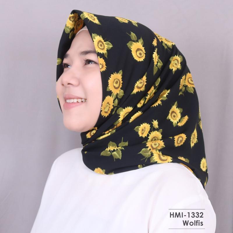 HMI-1332 Hijab Motif - Jilbab Wanita Segi Empat Terbaru dan Kekinian by Hijab Mamah icis